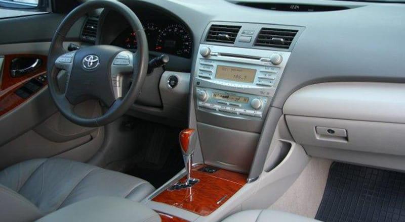 Прокат Toyota Camry 40 фото 2