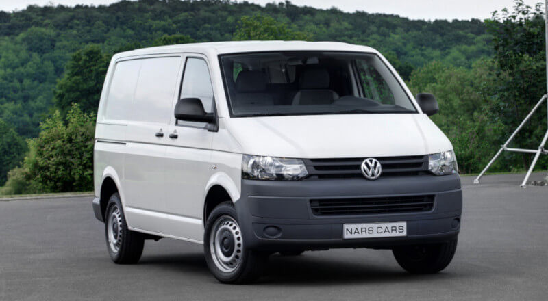 Rent Volkswagen Transporter T5 photo 1