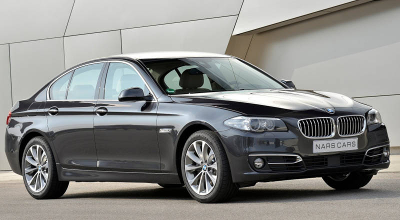 Rent BMW 520 photo 1