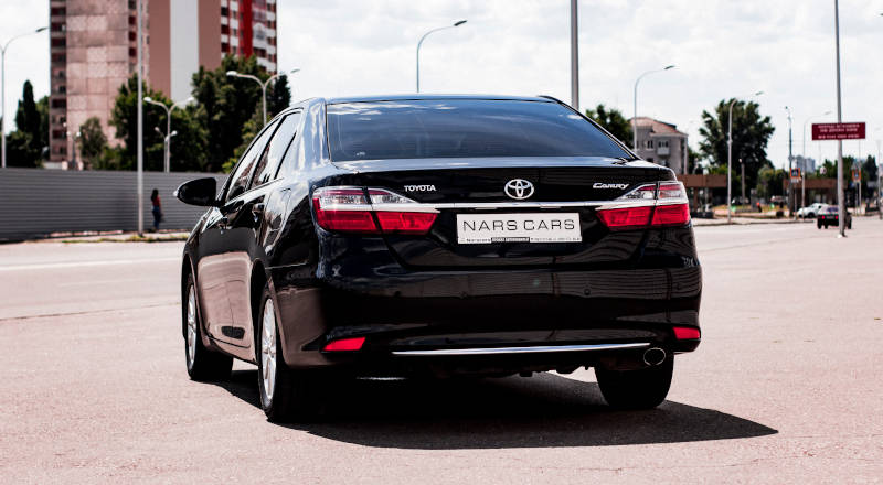 Rent Toyota Camry 55 photo 2