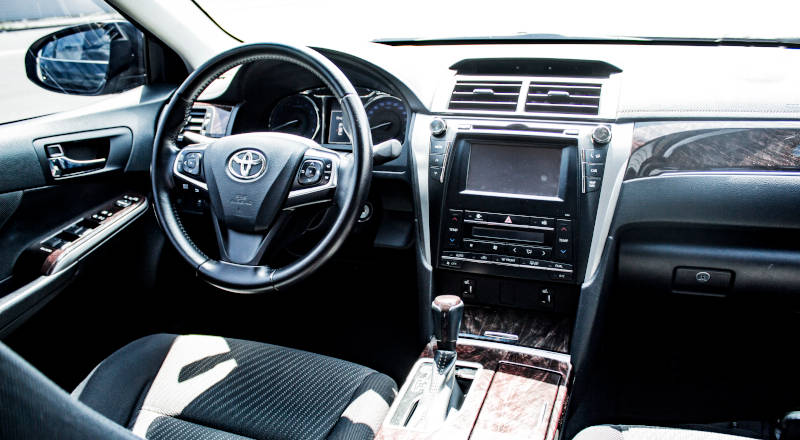 Rent Toyota Camry 55 photo 4