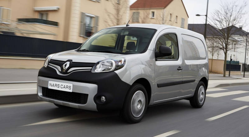 Rent Renault Kangoo photo 1