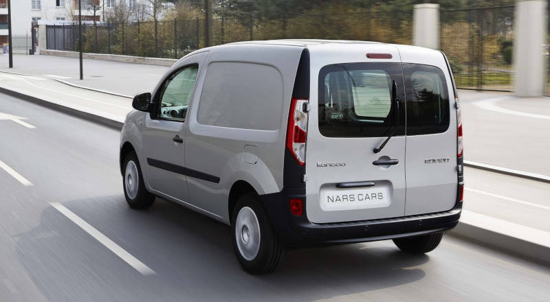 Rent Renault Kangoo photo 2