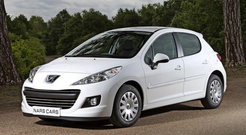 Rent Peugeot 207 photo 1
