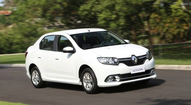 Rent Renault Logan photo 3