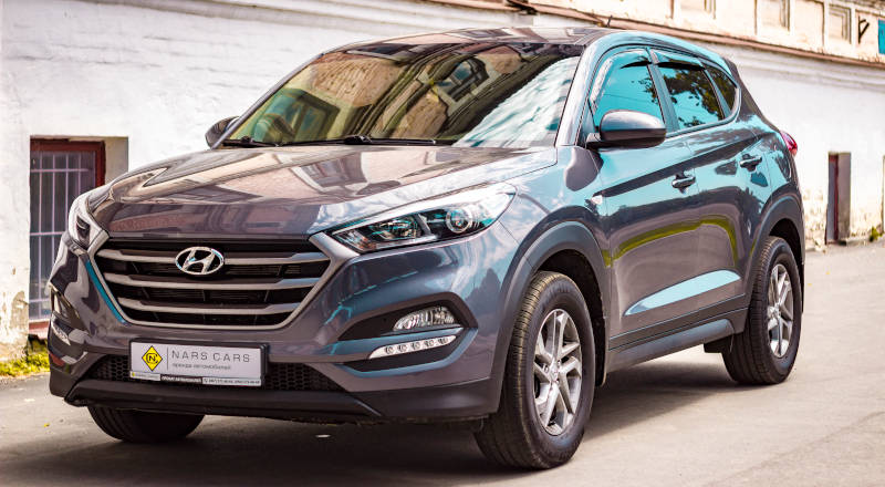 Rent Hyundai Tucson photo 1