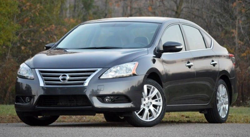 Rent Nissan Sentra photo 1