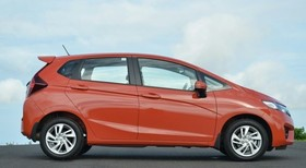Honda Jazz - image 3 - Narscars