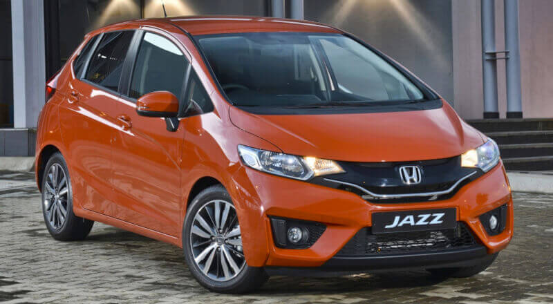 Rent Honda Jazz photo 1