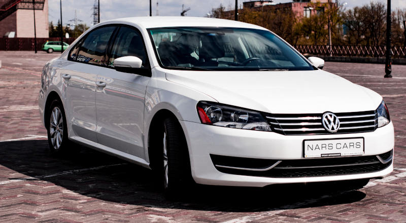 Rent VW Passat B7 photo 1