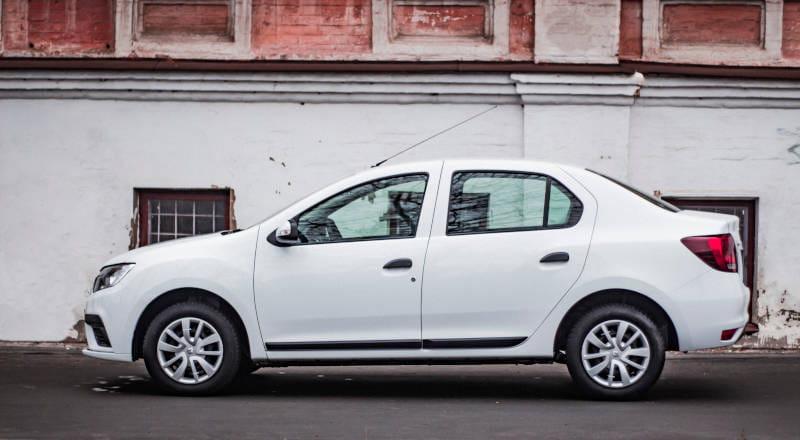 Прокат Renault Logan II фото 3