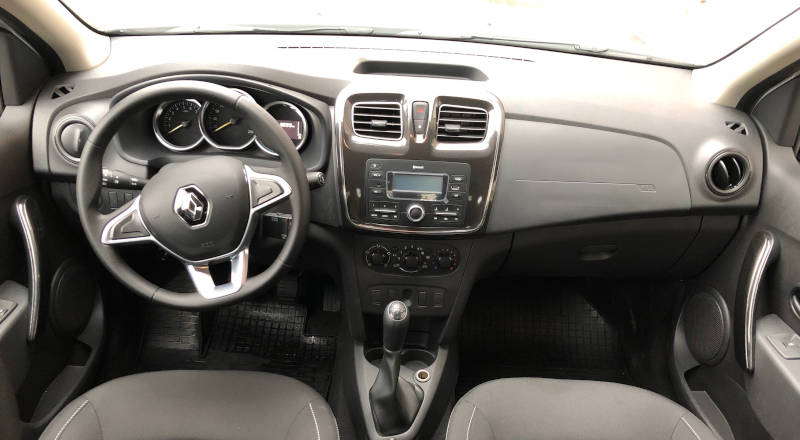 Rent Renault Logan II photo 4