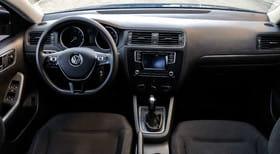 Volkswagen Jetta VI - image 4 - Narscars