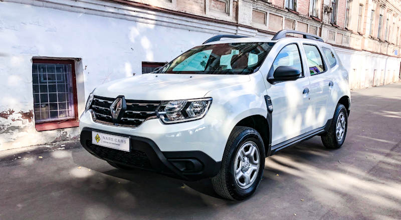 Rent Renault Duster photo 1