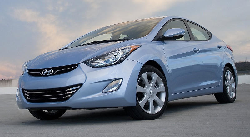 Rent Hyundai Elantra MD photo 1