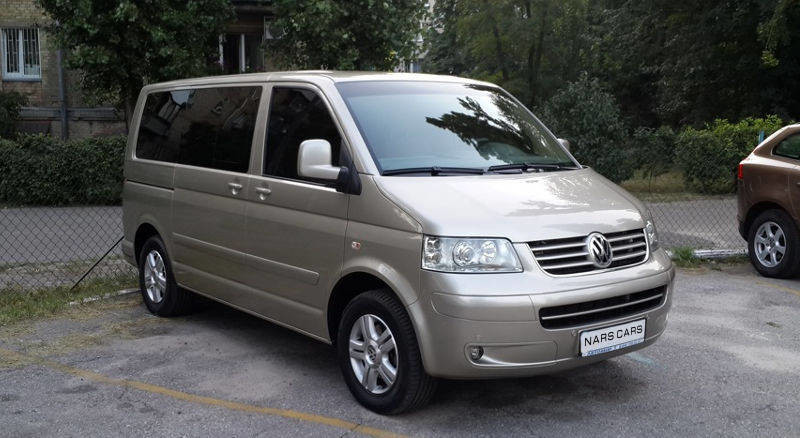 Rent Volkswagen T5 photo 1