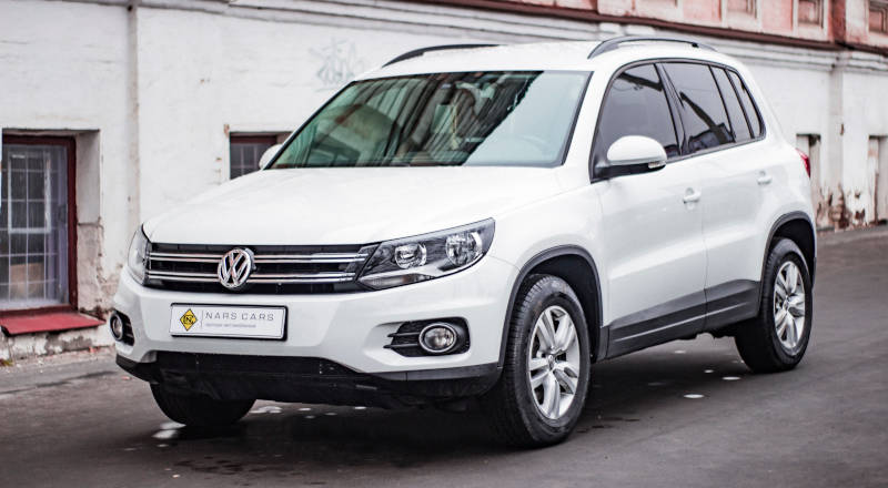 Rent Volkswagen Tiguan photo 1