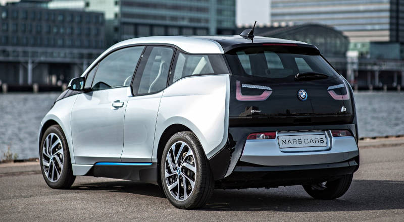Rent BMW i3 photo 2