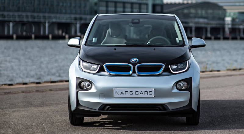 Rent BMW i3 photo 3