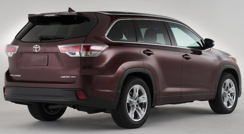 Rent Toyota Highlander photo 2